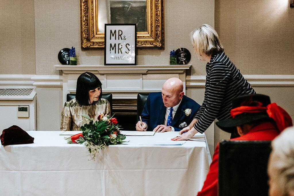 Award Winning Documentary Birmingham Wedding Photographer 00090.jpg