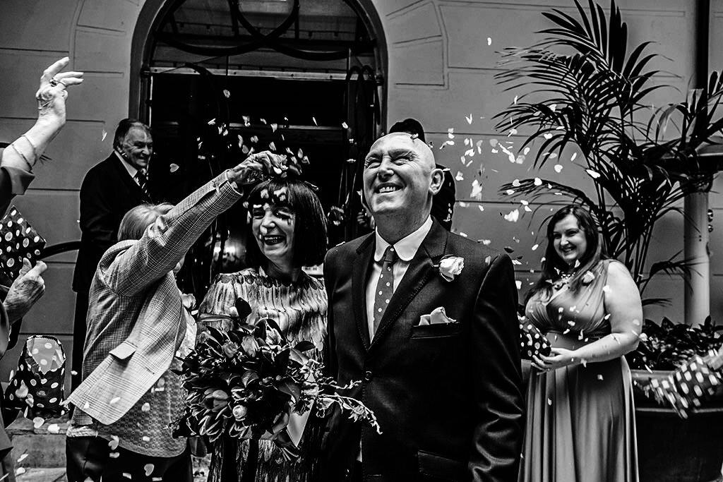 Award Winning Documentary Birmingham Wedding Photographer 00104.jpg