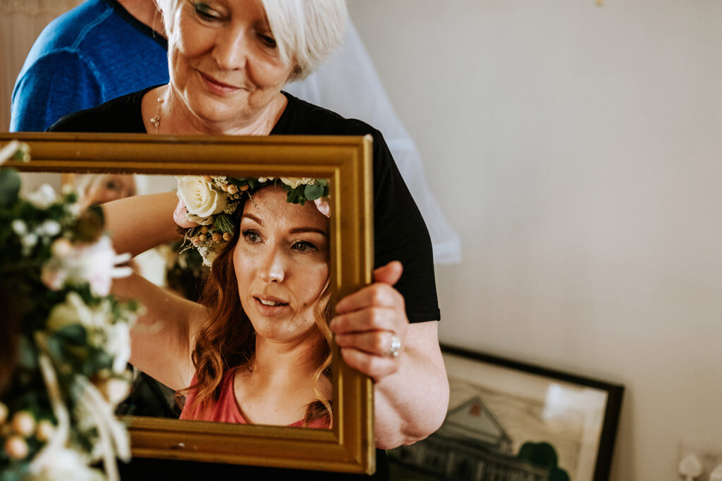 alternative-documentary-wedding-photographer-00016.jpg
