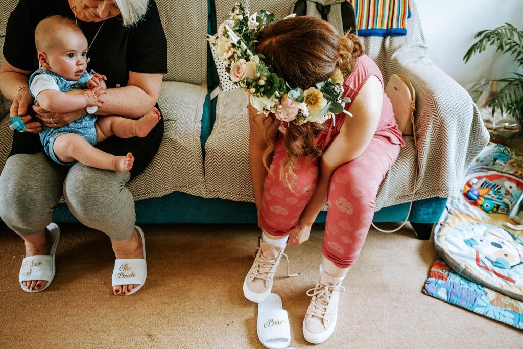 alternative-documentary-wedding-photographer-00021.jpg