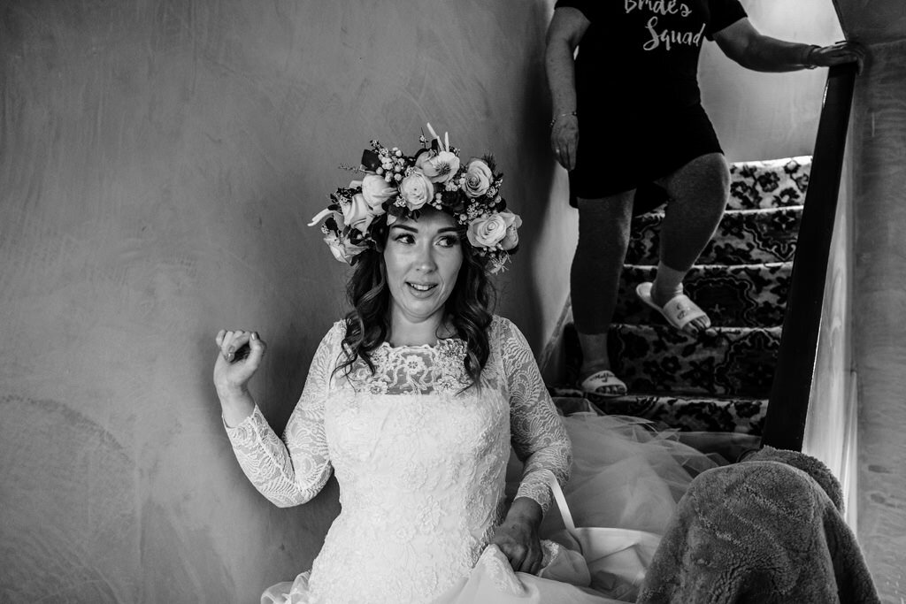 alternative-documentary-wedding-photographer-00027.jpg
