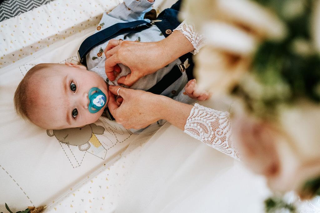 alternative-documentary-wedding-photographer-00030.jpg
