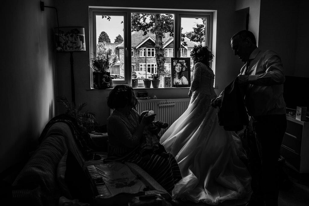 alternative-documentary-wedding-photographer-00033.jpg