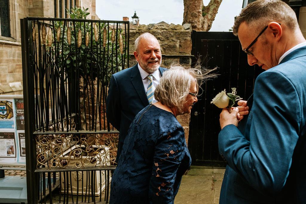 alternative-documentary-wedding-photographer-00035.jpg