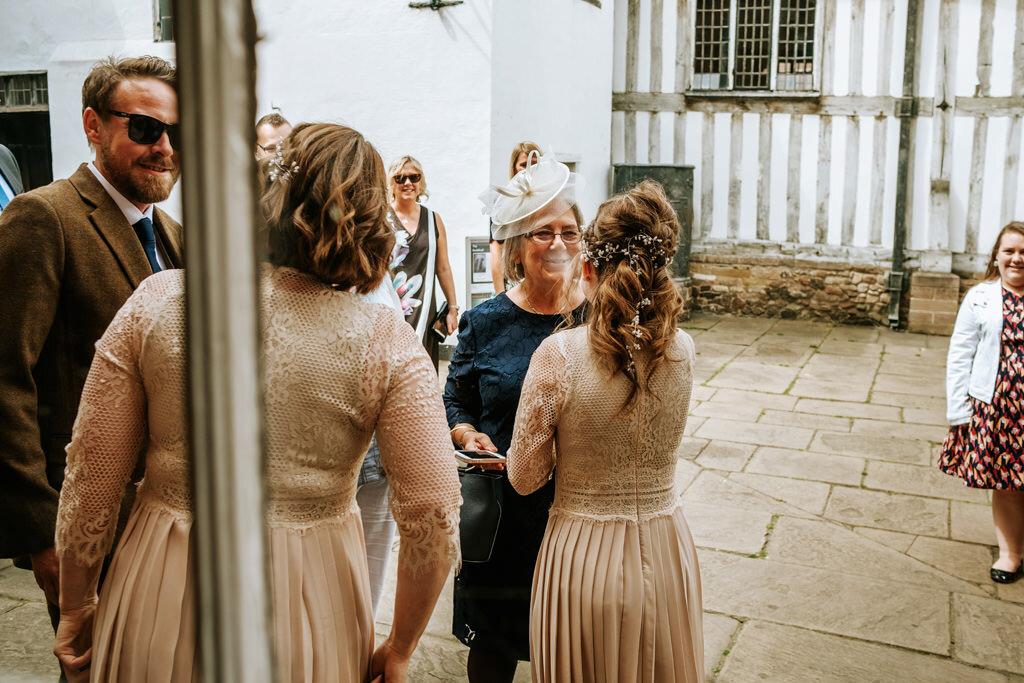 alternative-documentary-wedding-photographer-00044.jpg