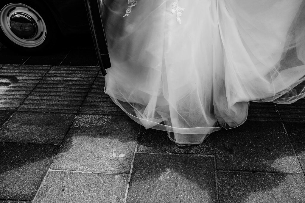 alternative-documentary-wedding-photographer-00047.jpg