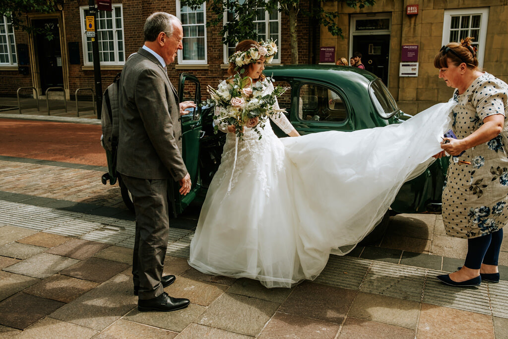 alternative-documentary-wedding-photographer-00048.jpg