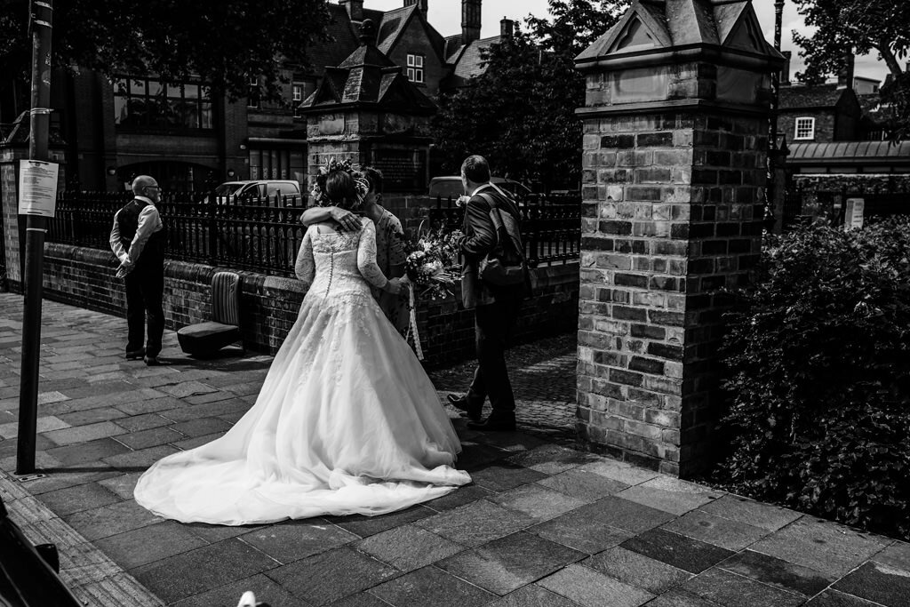 alternative-documentary-wedding-photographer-00051.jpg