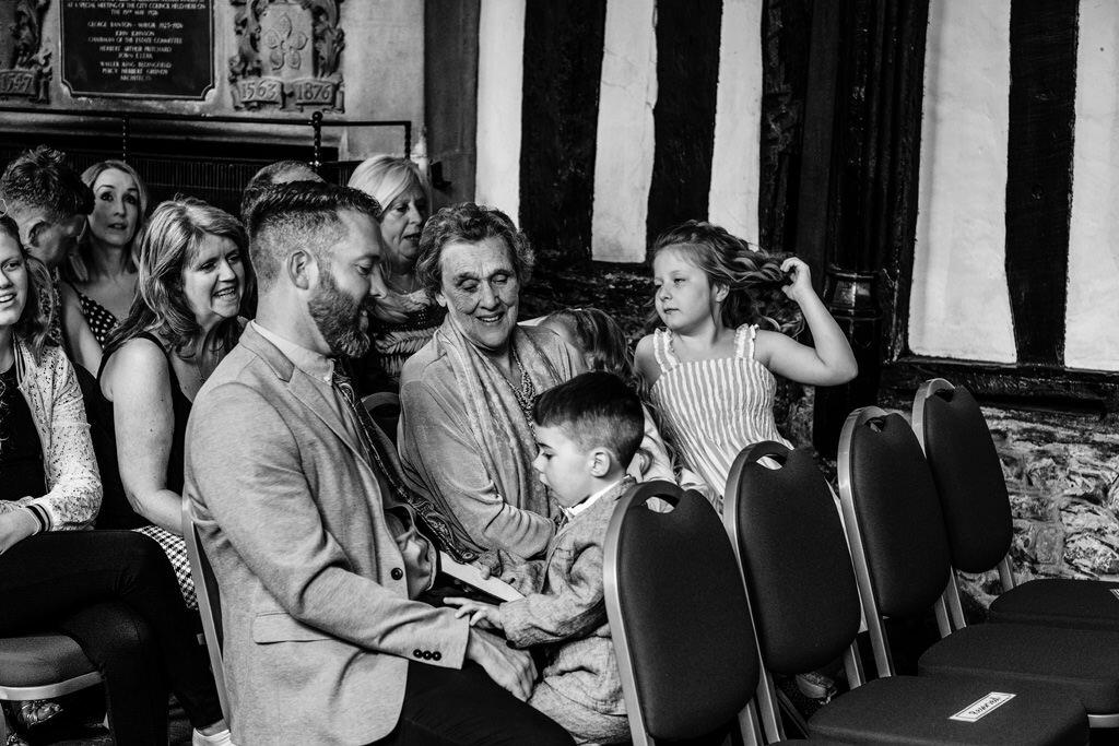 alternative-documentary-wedding-photographer-00065.jpg