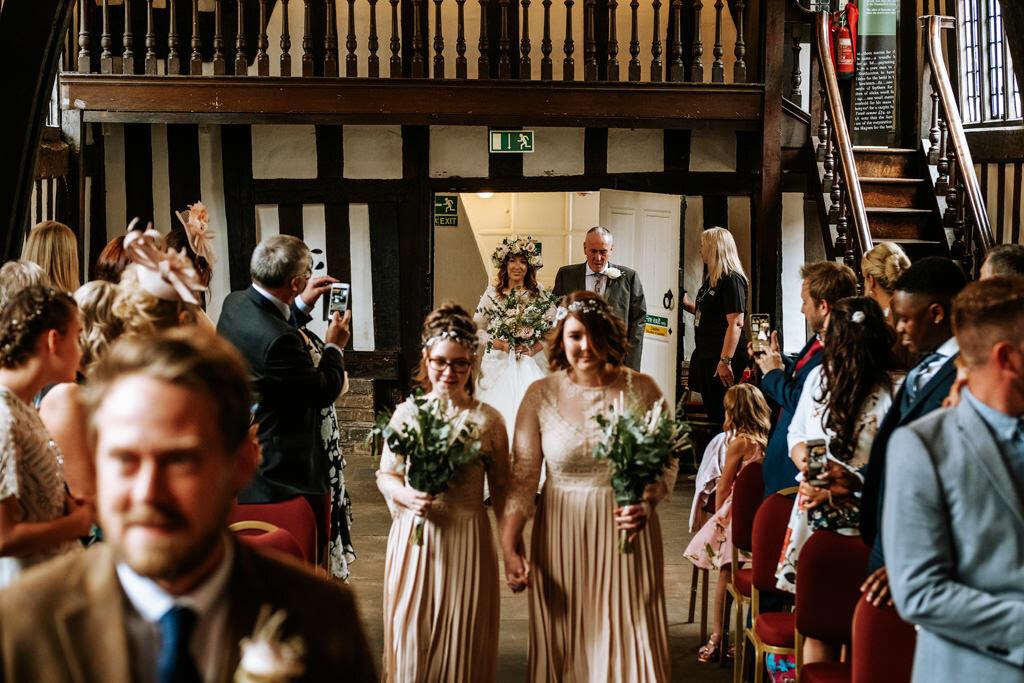 alternative-documentary-wedding-photographer-00075.jpg
