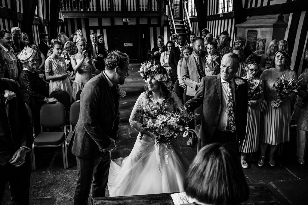 alternative-documentary-wedding-photographer-00077.jpg