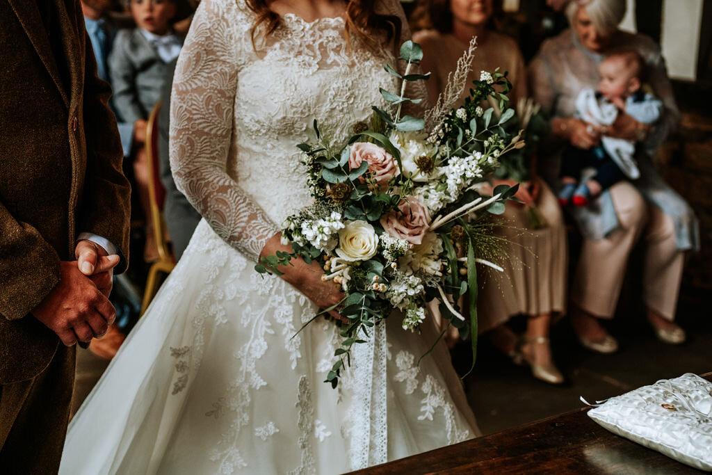alternative-documentary-wedding-photographer-00078.jpg