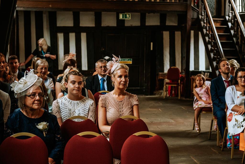 alternative-documentary-wedding-photographer-00080.jpg