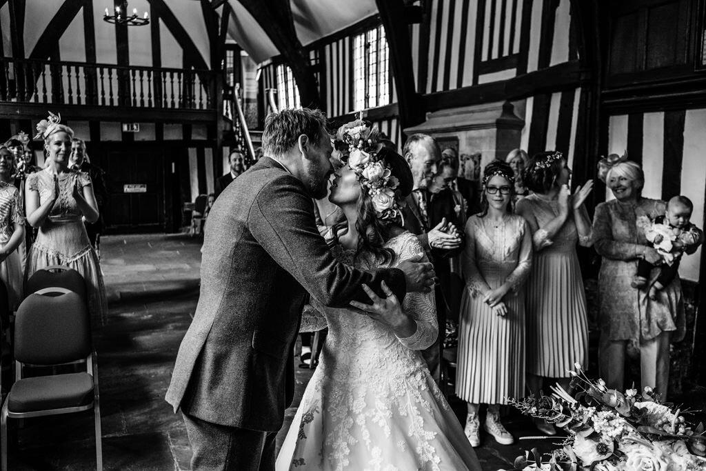 alternative-documentary-wedding-photographer-00087.jpg