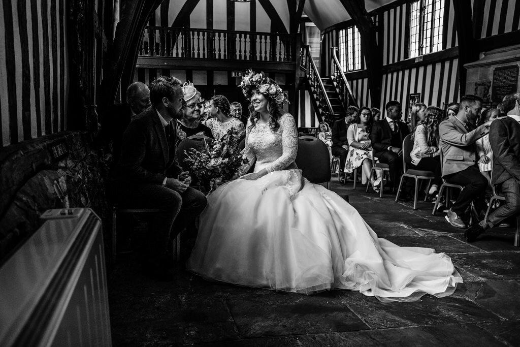 alternative-documentary-wedding-photographer-00093.jpg