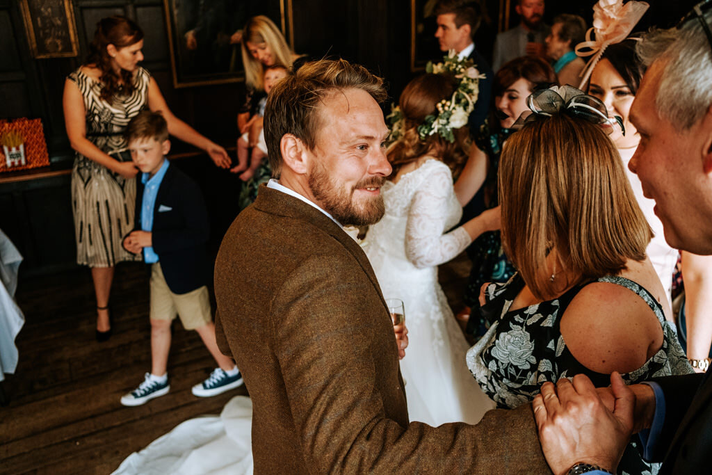 alternative-documentary-wedding-photographer-00106.jpg