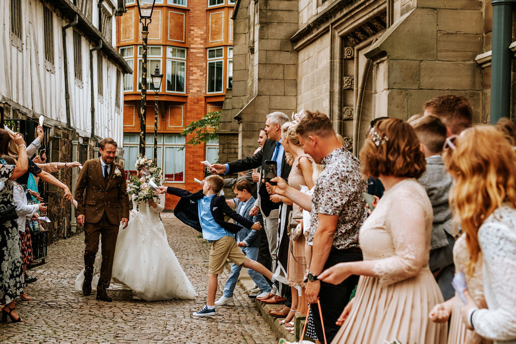 alternative-documentary-wedding-photographer-00125.jpg