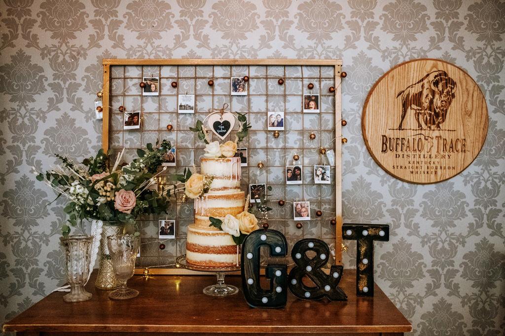alternative-documentary-wedding-photographer-00156.jpg