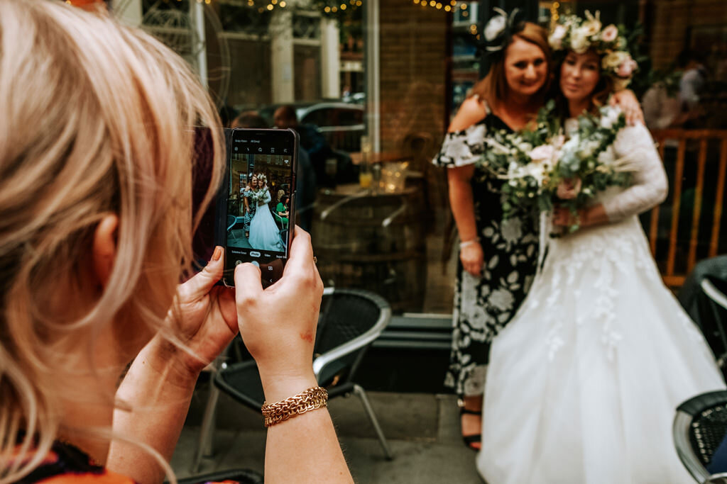 alternative-documentary-wedding-photographer-00189.jpg