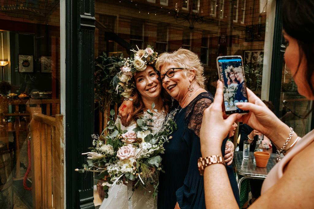 alternative-documentary-wedding-photographer-00191.jpg