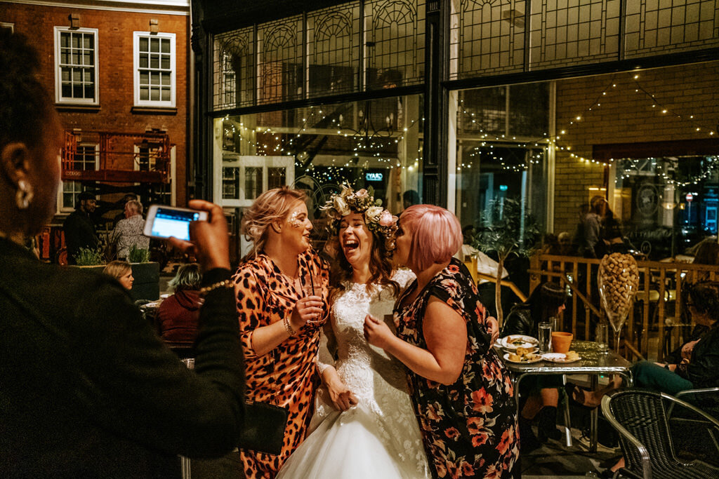 alternative-documentary-wedding-photographer-00220.jpg