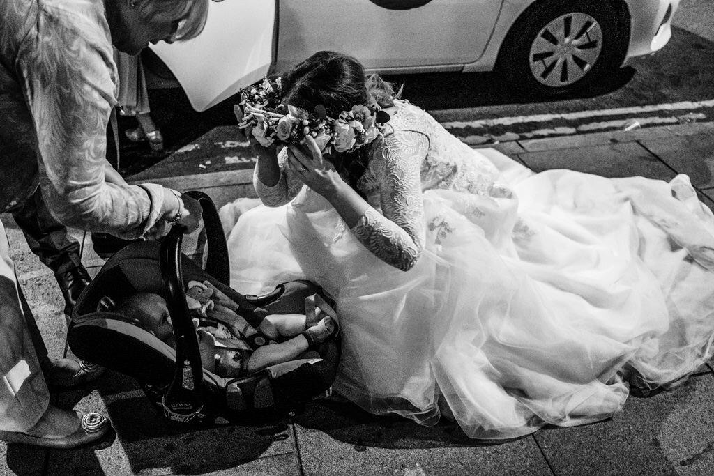 alternative-documentary-wedding-photographer-00222.jpg