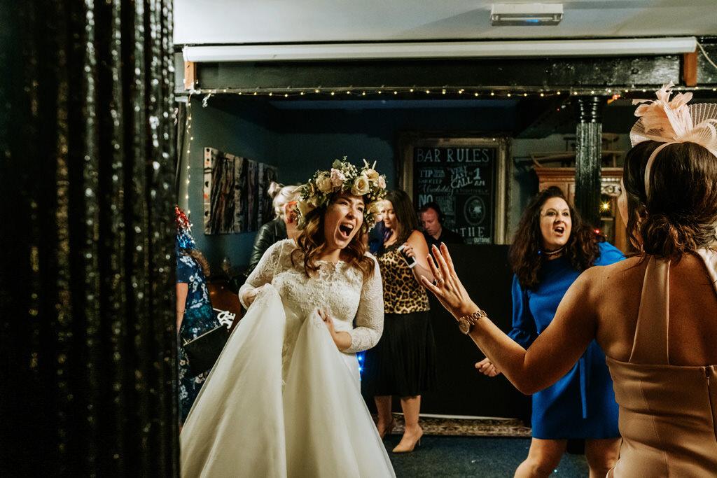 alternative-documentary-wedding-photographer-00234.jpg