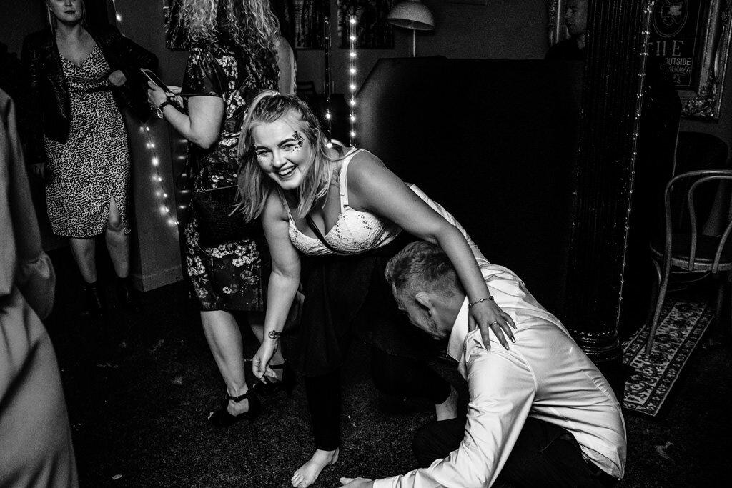 alternative-documentary-wedding-photographer-00242.jpg