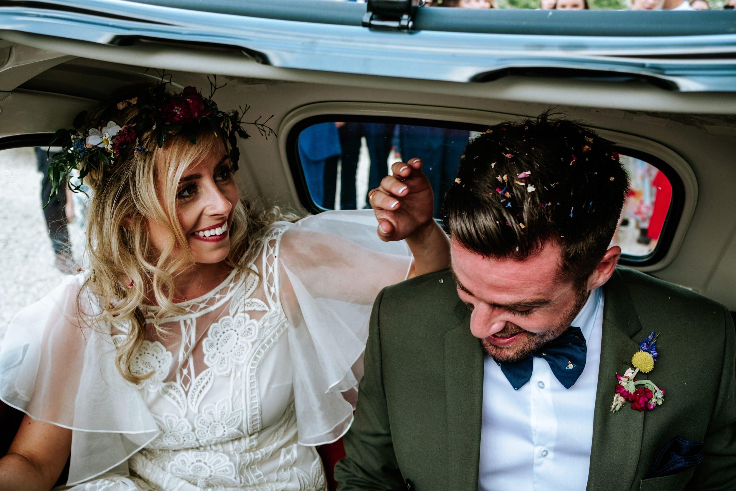 best-uk-ducumentary-alternative-wedding-photographer-3.jpg