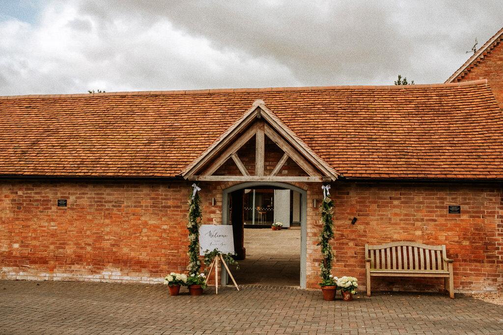 swallows-nest-warwickshire-wedding-photographer-00003.jpg