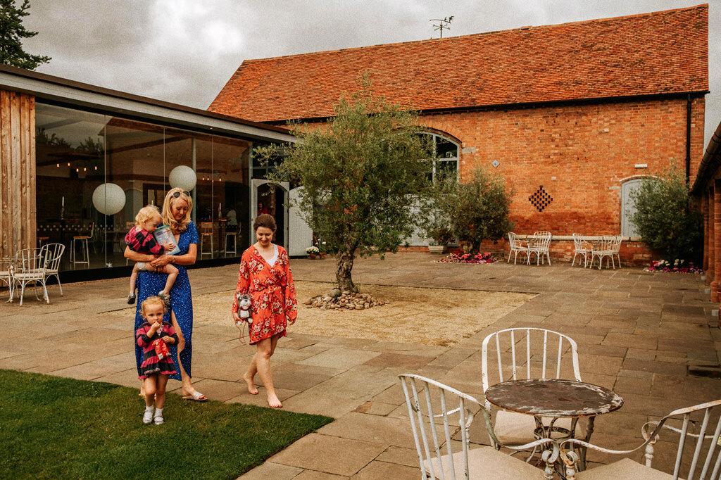 swallows-nest-warwickshire-wedding-photographer-00025.jpg