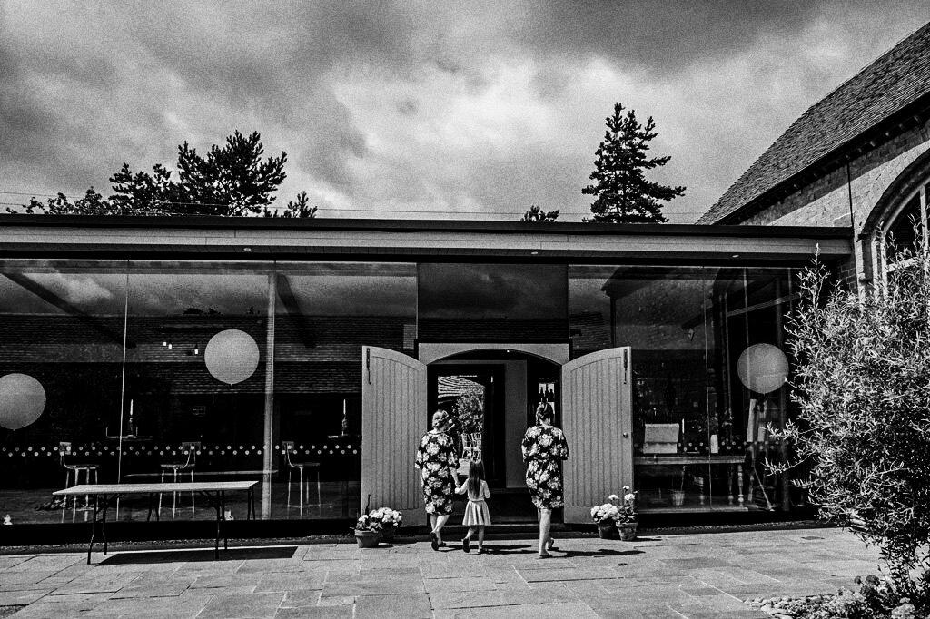 swallows-nest-warwickshire-wedding-photographer-00040.jpg