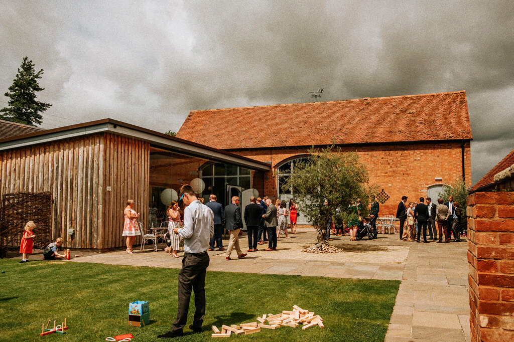 swallows-nest-warwickshire-wedding-photographer-00057.jpg