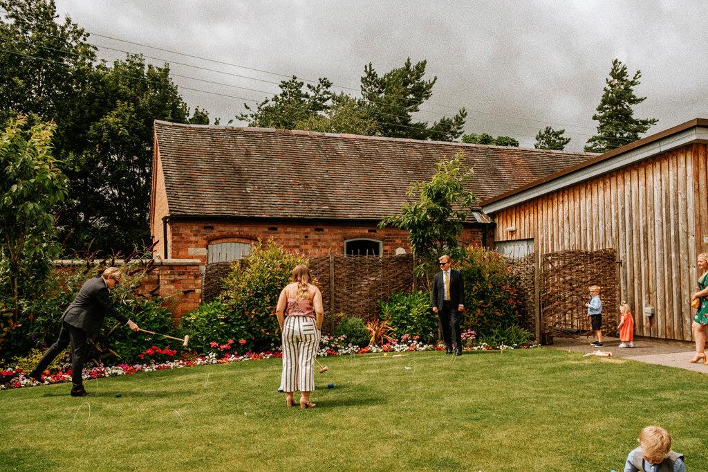 swallows-nest-warwickshire-wedding-photographer-00060.jpg