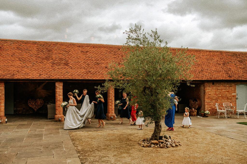 swallows-nest-warwickshire-wedding-photographer-00070.jpg