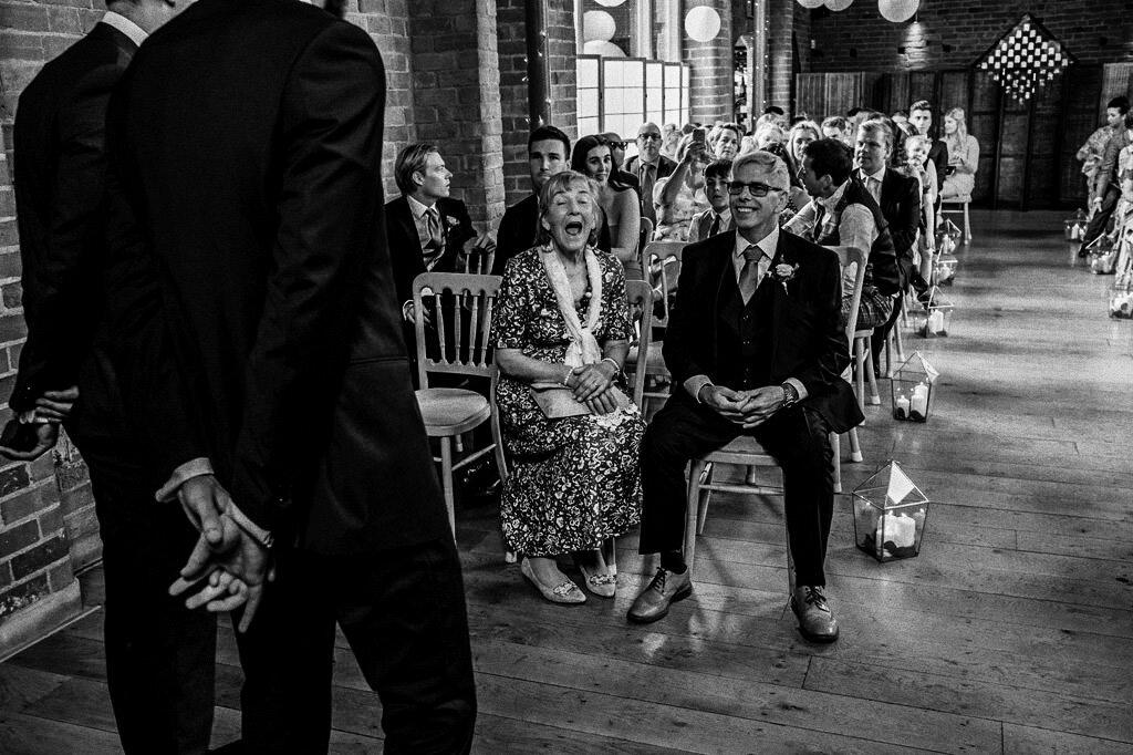 swallows-nest-warwickshire-wedding-photographer-00073.jpg