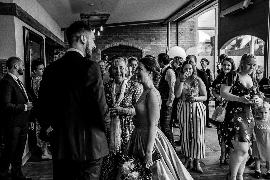 swallows-nest-warwickshire-wedding-photographer-00100.jpg