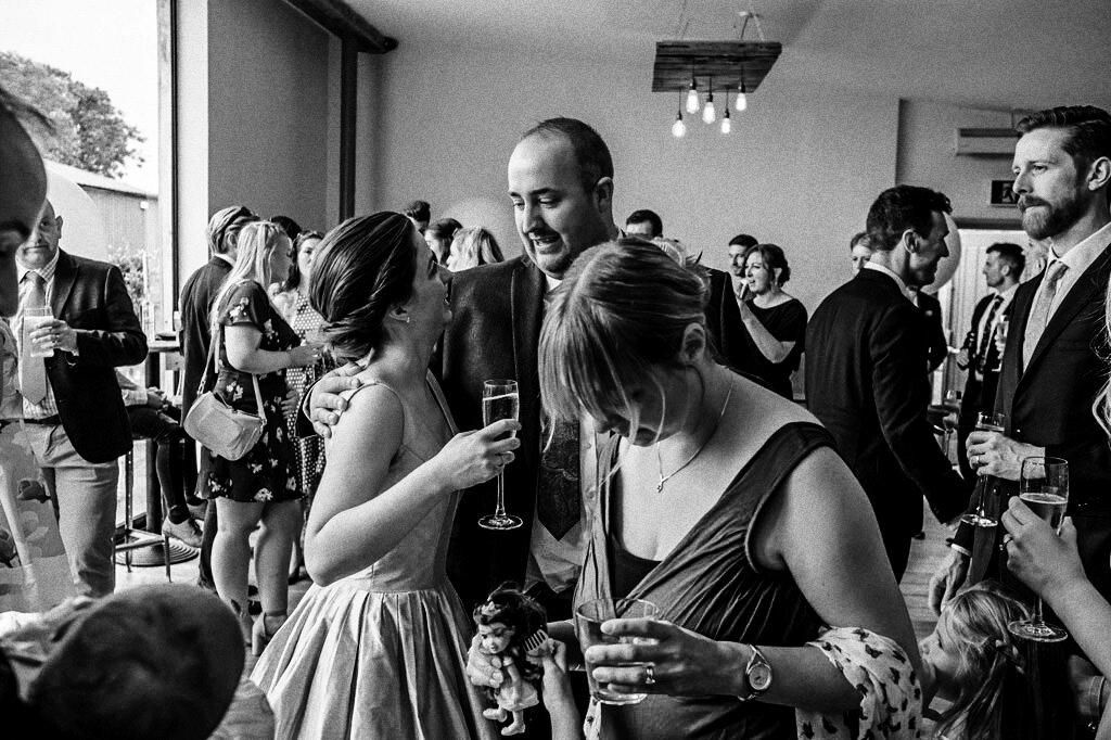 swallows-nest-warwickshire-wedding-photographer-00103.jpg