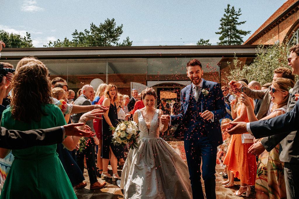 swallows-nest-warwickshire-wedding-photographer-00110.jpg