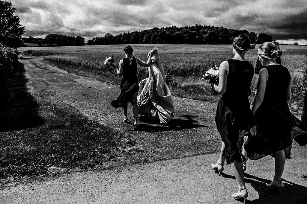 swallows-nest-warwickshire-wedding-photographer-00120.jpg