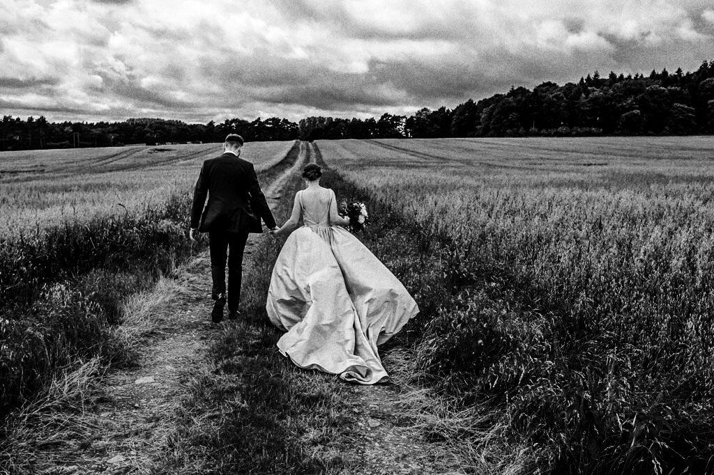 swallows-nest-warwickshire-wedding-photographer-00125.jpg