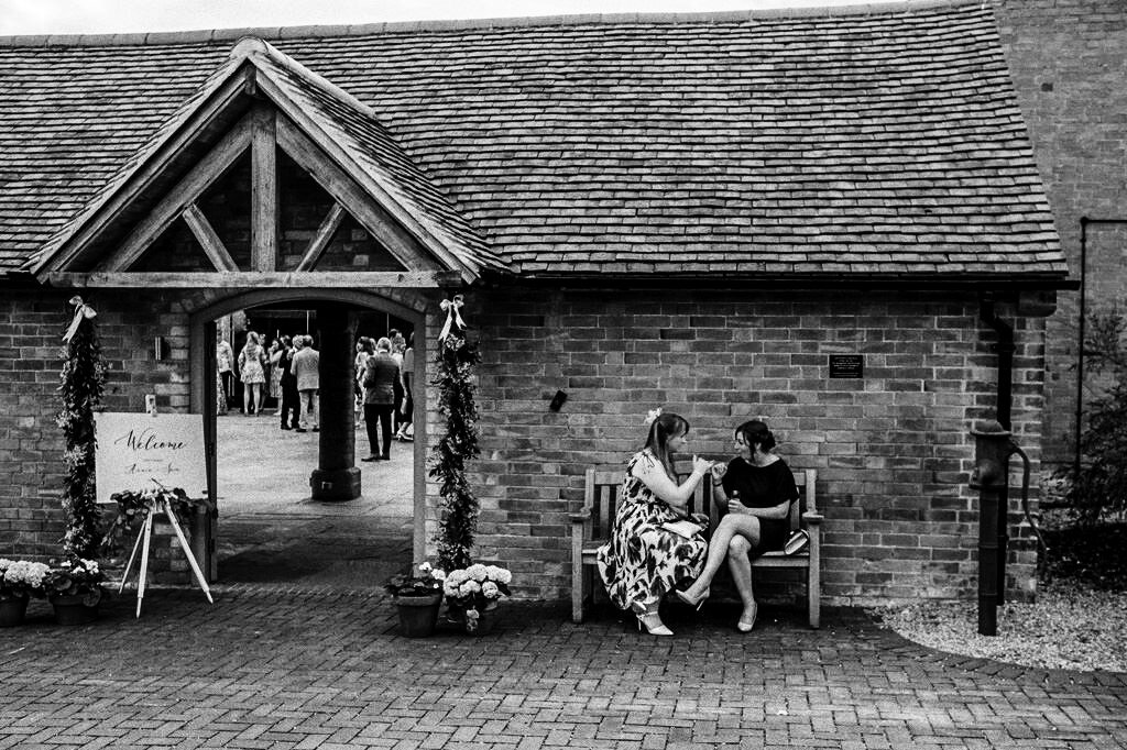 swallows-nest-warwickshire-wedding-photographer-00141.jpg