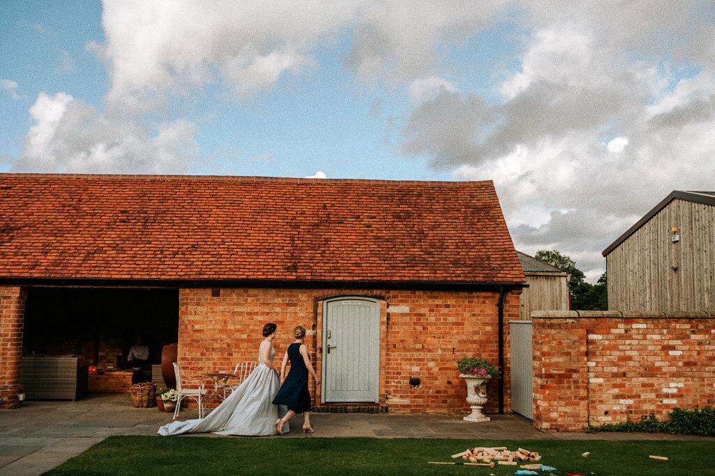 swallows-nest-warwickshire-wedding-photographer-00188.jpg