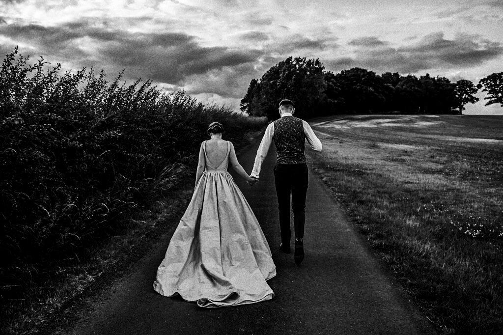swallows-nest-warwickshire-wedding-photographer-00213.jpg