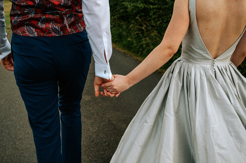 swallows-nest-warwickshire-wedding-photographer-00217.jpg