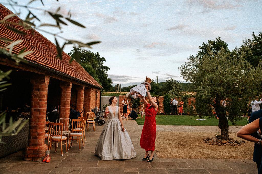 swallows-nest-warwickshire-wedding-photographer-00241.jpg