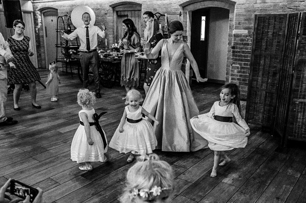 swallows-nest-warwickshire-wedding-photographer-00243.jpg