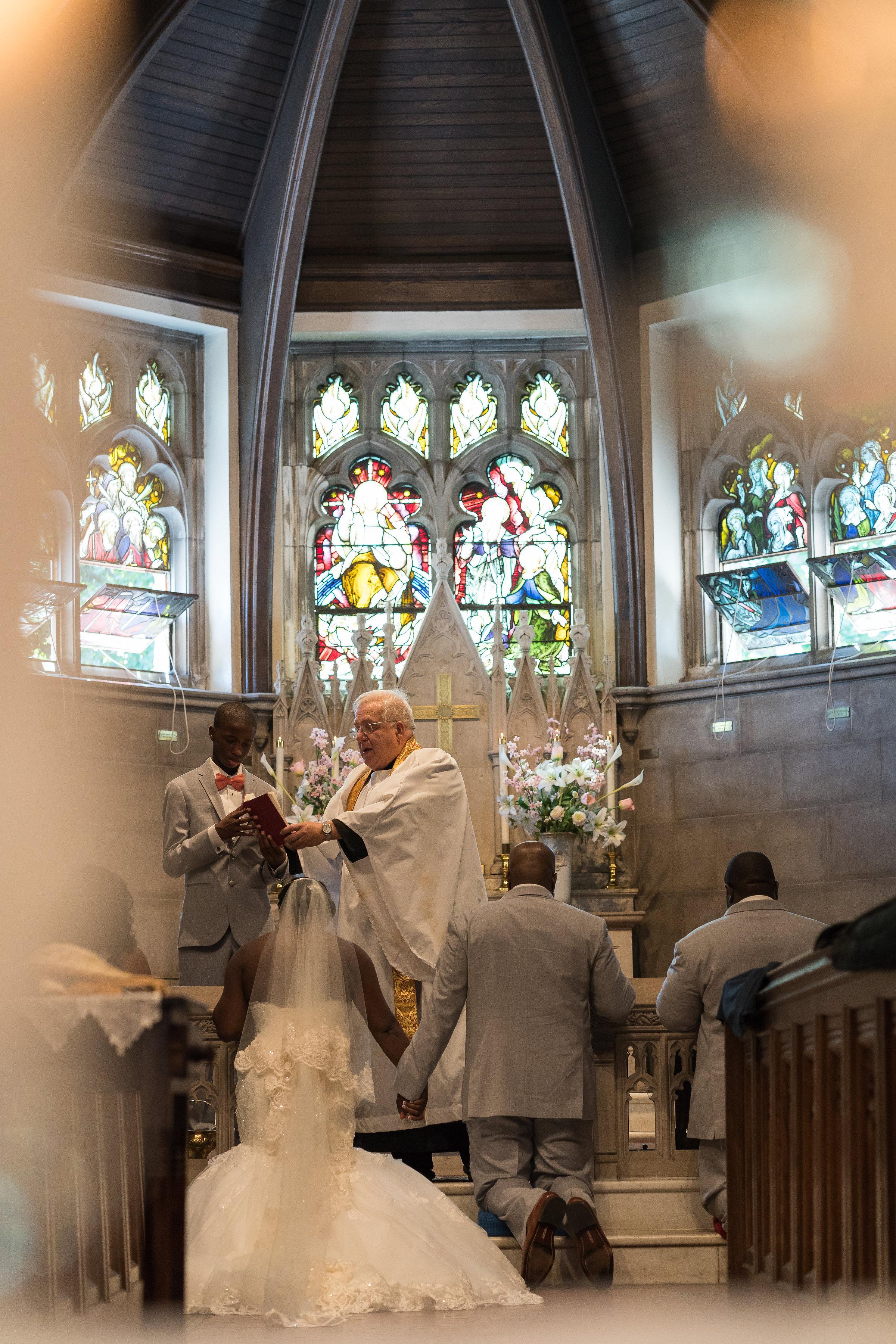 st-johns-church-wedding-photographer