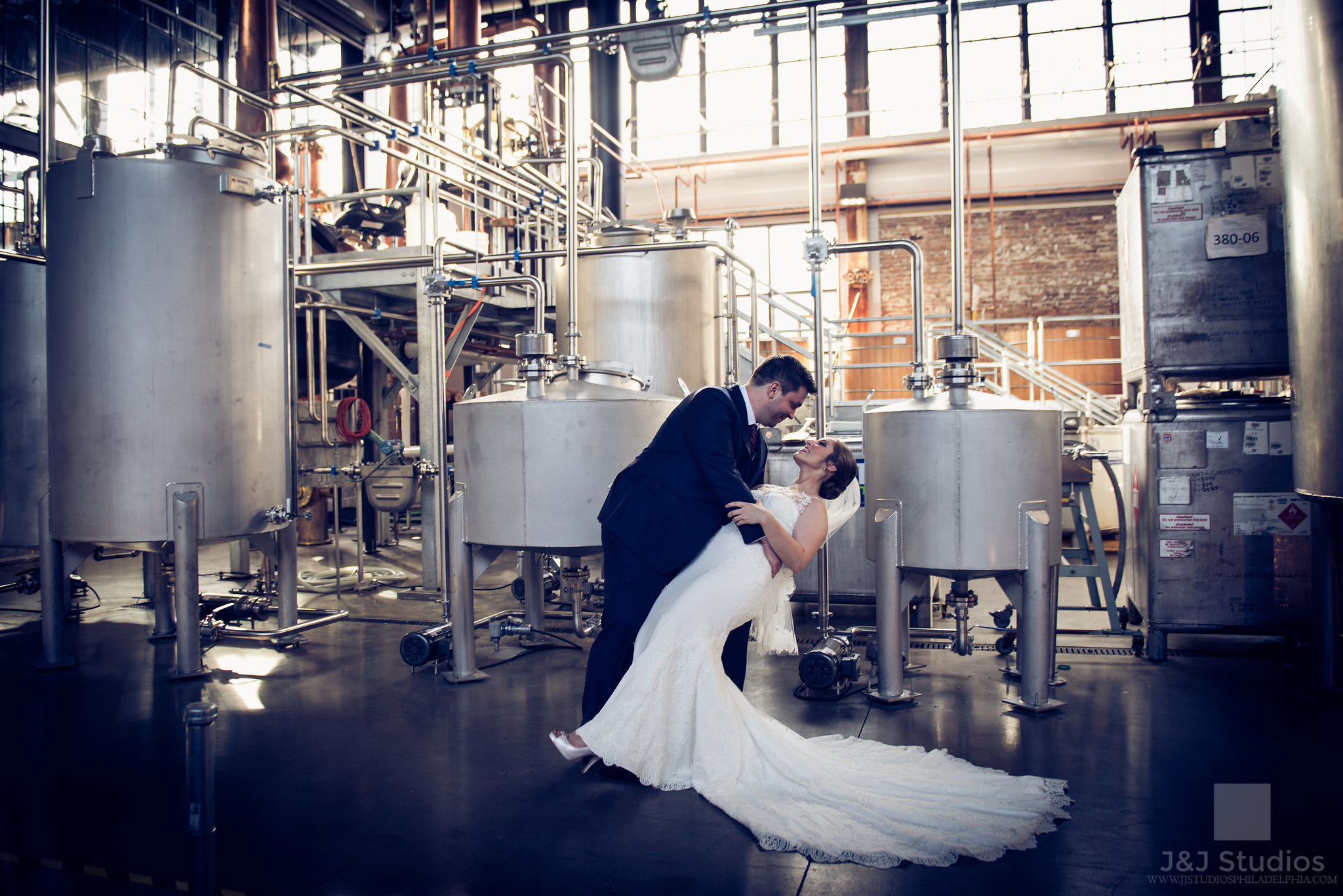 bride and groom at philadelphia distilling