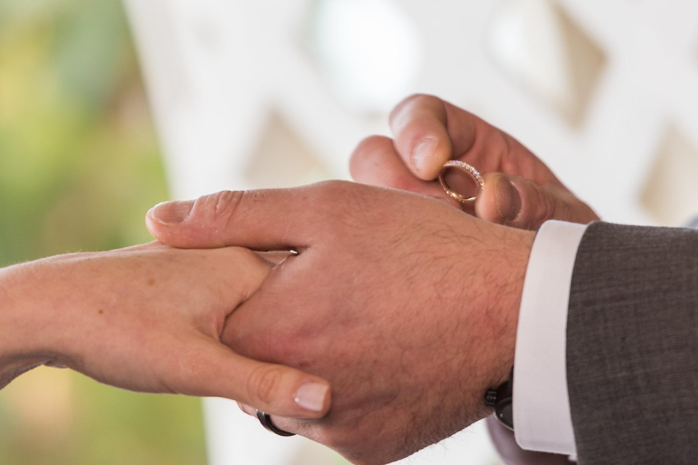 ring-exchange-at-wedding